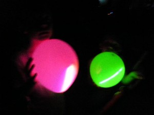 glow  balloons