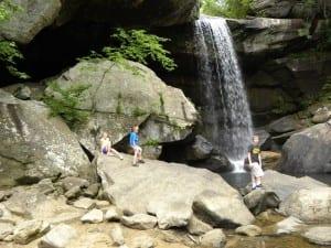 Hiking Eagle Falls: Corbin, Kentucky