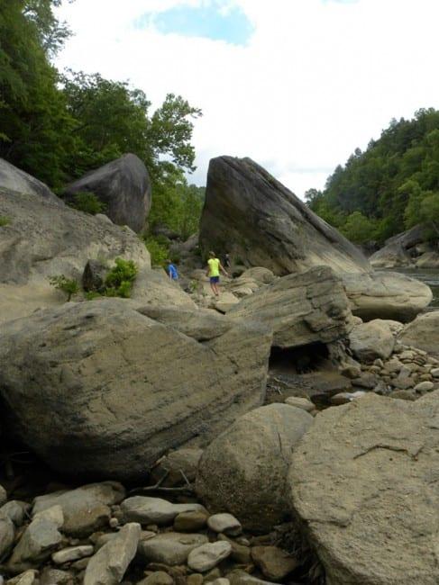 hiking-eagle-falls