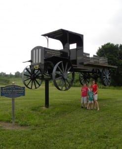 Roadside Giants:  Lincoln Highway, Pennsylvania