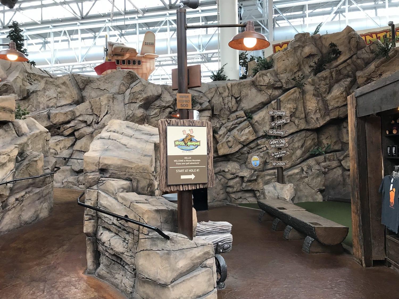 Moose Mountain Adventure Golf Mall of America Minnesota