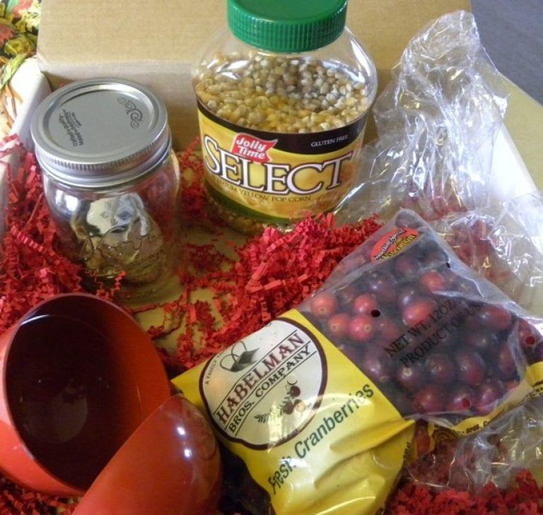 Popcorn Balls, Garland and Gifts