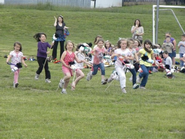 kindergarten derby race