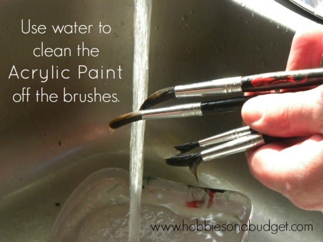cleaning-paintbrushes