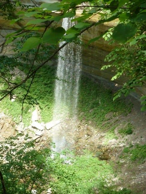 tunnel-falls