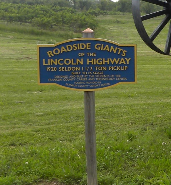 roadside-giants
