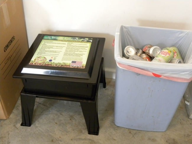 compost and recycle in garage_tn