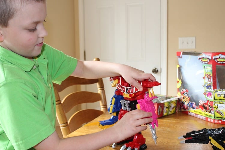 Get CHARGED UP with Power Rangers Dino Charge!