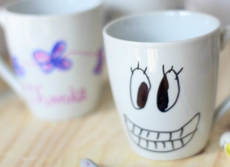 How to Create Personalized Coffee Mugs