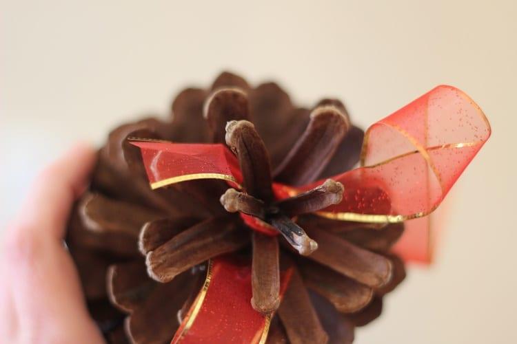 pinecone-ornament
