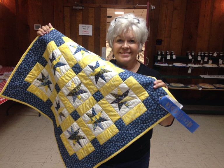Paper Piecing Quilts by Anne