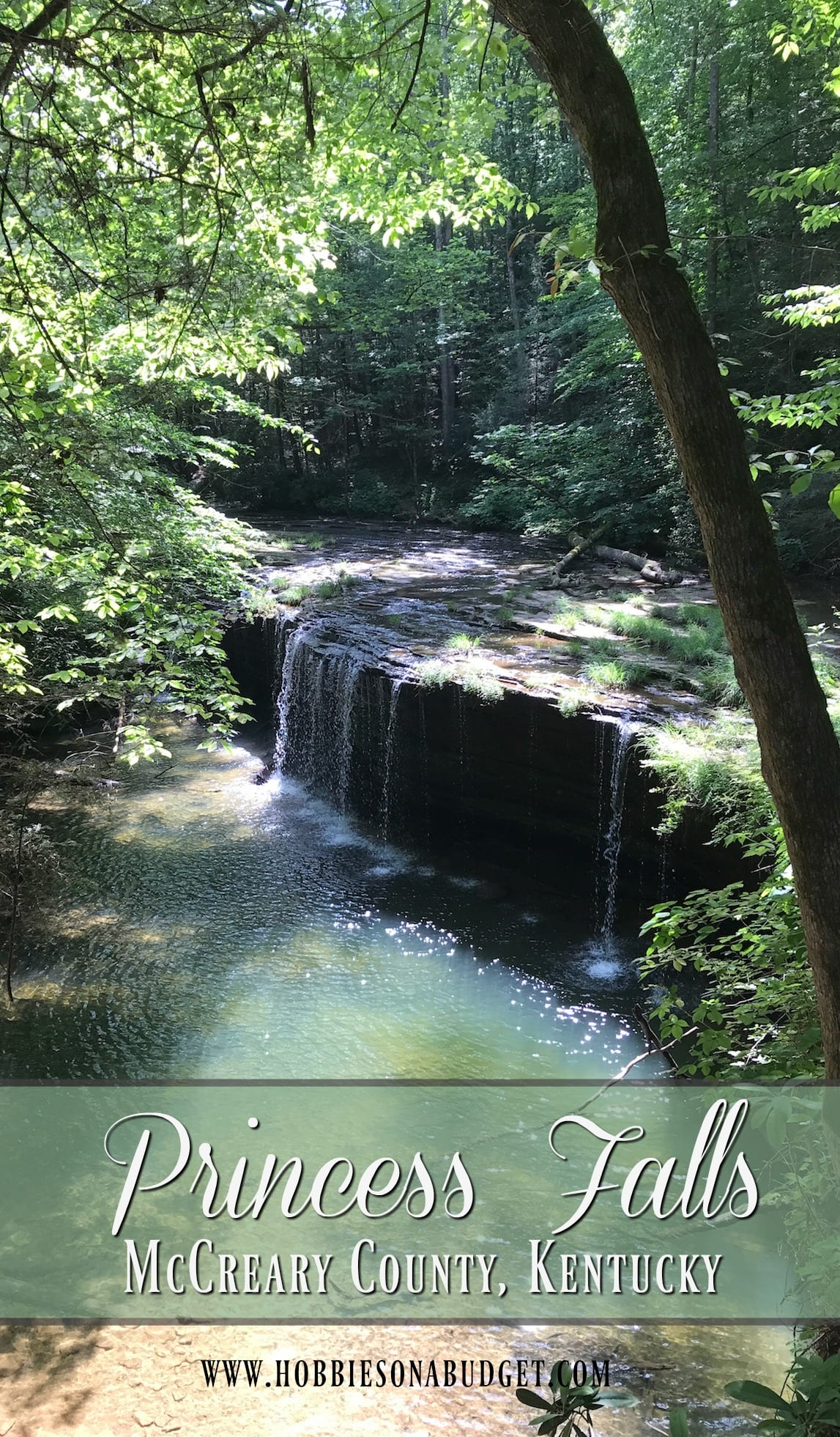 Princess Falls is a beautiful waterfall hike in central Kentucky.  This moderate hike in McCreary County is located in the Yamacraw Day Use Area of the Big South Fork National River and is perfect for a family hike.   #PrincessFalls #Kentucky #waterfall #waterfallhike #hiking #kentuckytrails