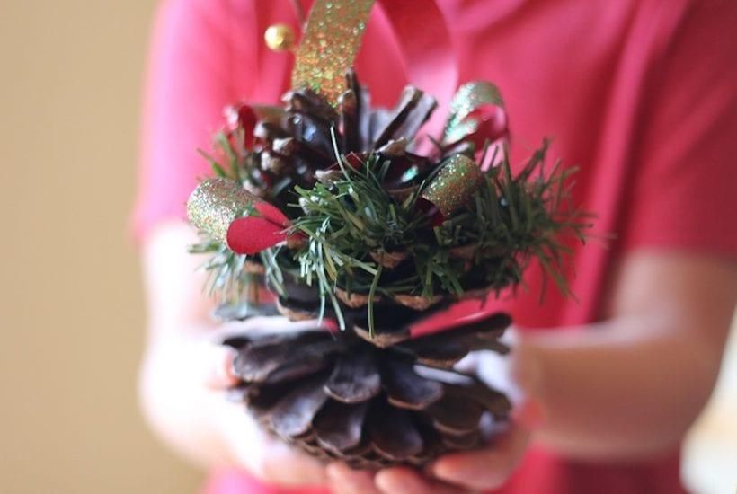 Christmas ornament pinecone