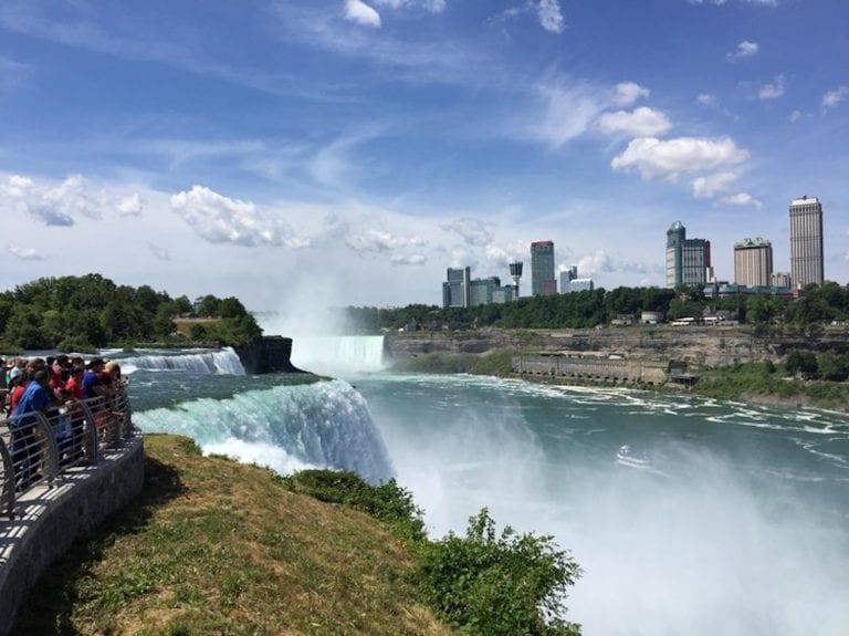 How to Enjoy Niagara Falls