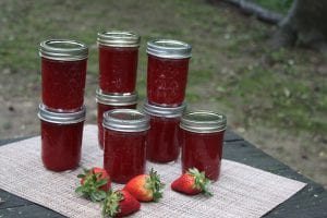 How to Make Strawberry Jelly