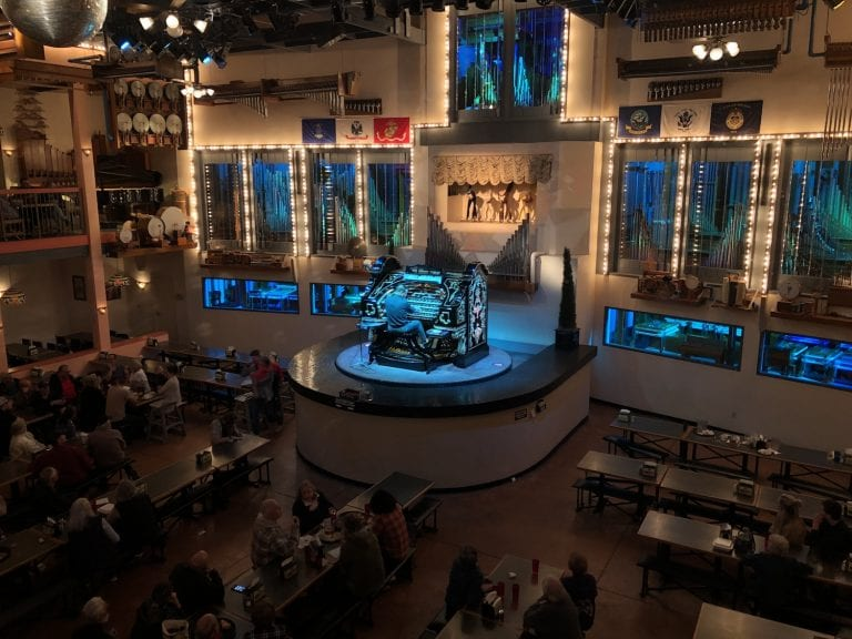 What to Expect at Organ Stop Pizza