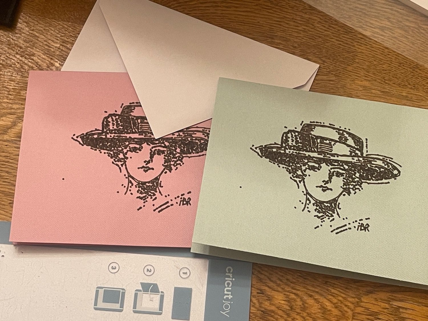 Personalized Stationery with the Cricut Joy